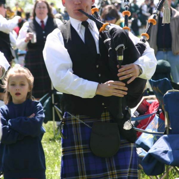 carolina bagpiper, charleston bagpipe music, bagpipes